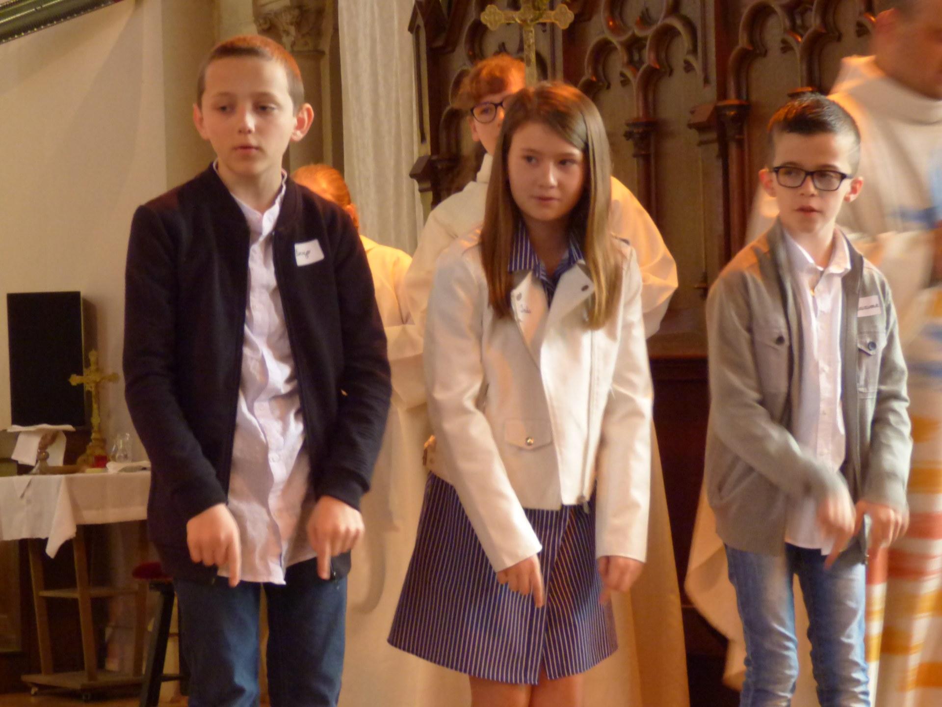 1eres communions Neuville 2018 (48)