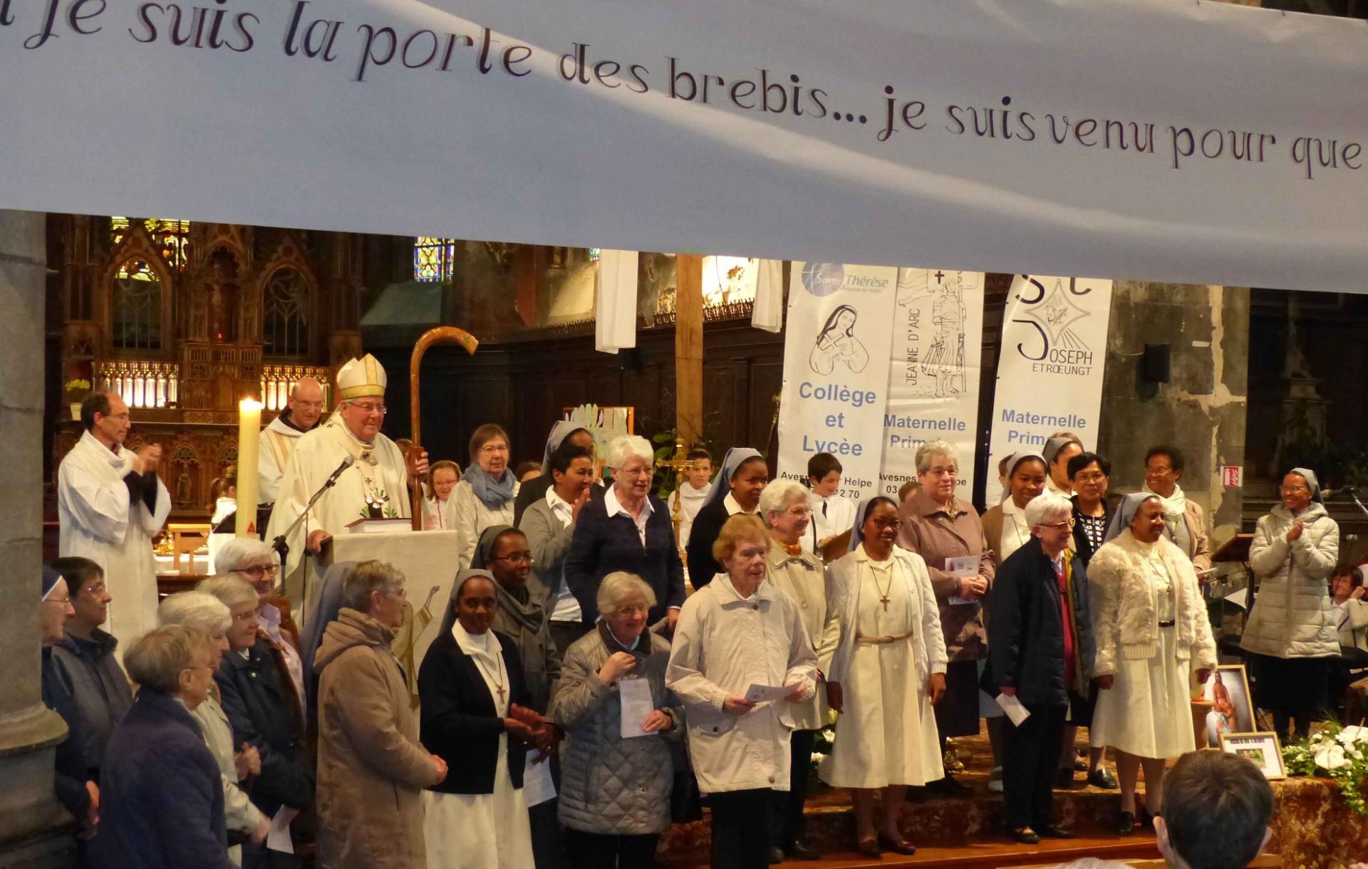 LES SOEURS DE SAINTE THÉRÈSE PRÉSENTES À CETTE ANNIVERSAIRE