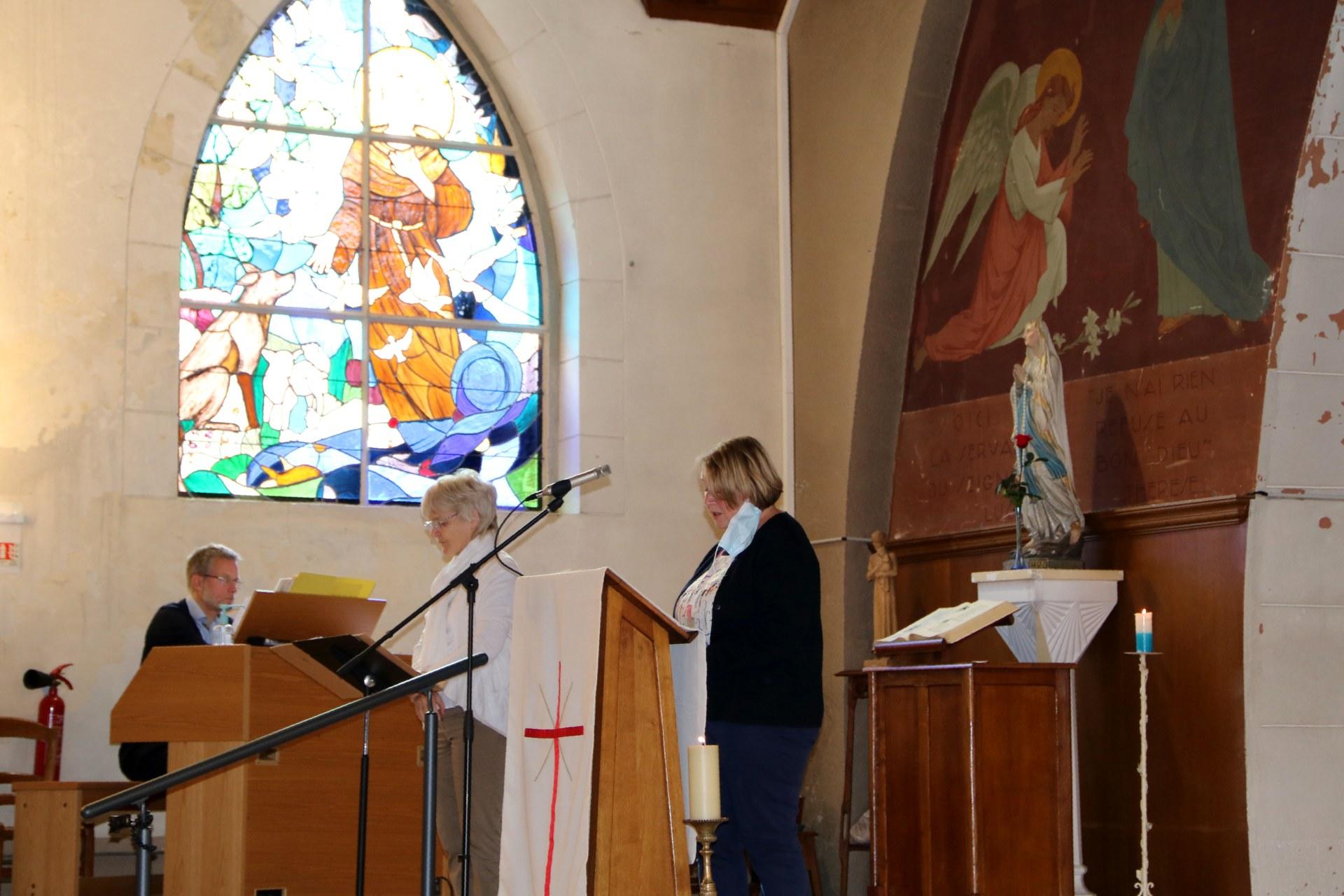 2010 - Messe présidée par Mgr DOLLMANN 27