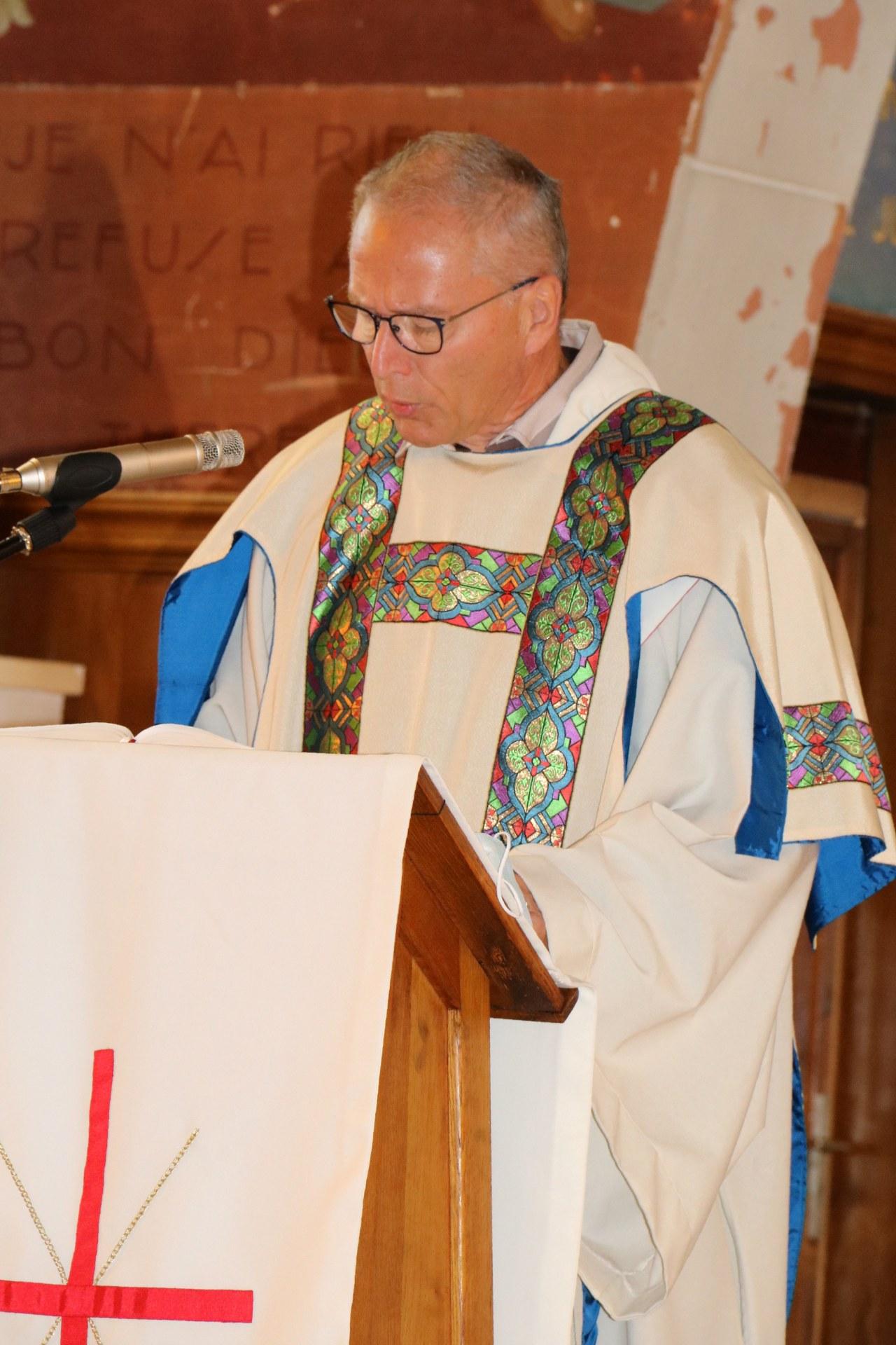 2010 - Messe présidée par Mgr DOLLMANN 30