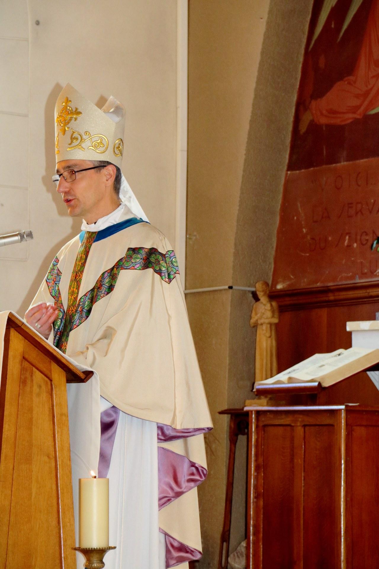 2010 - Messe présidée par Mgr DOLLMANN 36