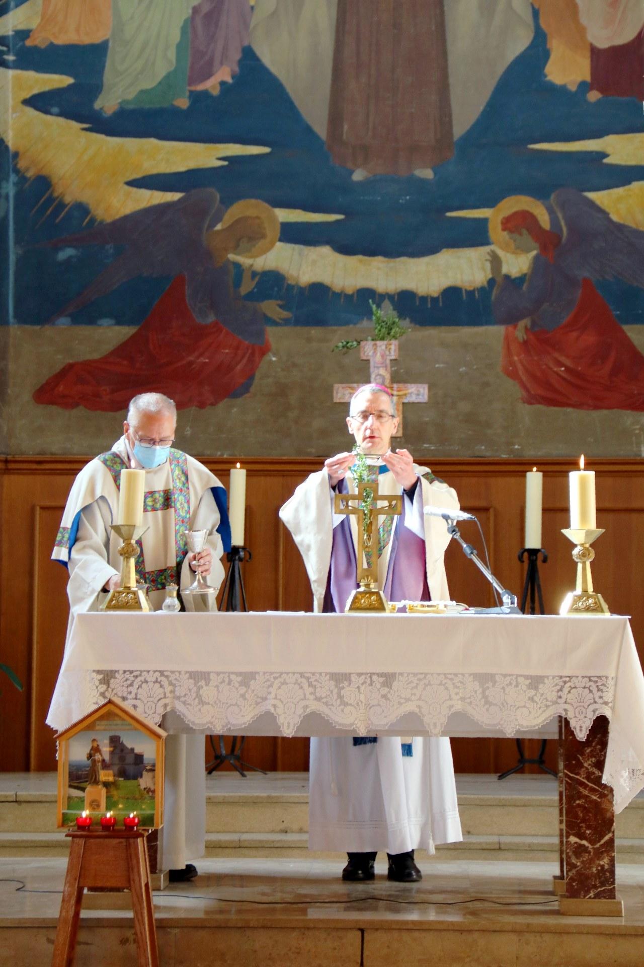 2010 - Messe présidée par Mgr DOLLMANN 42
