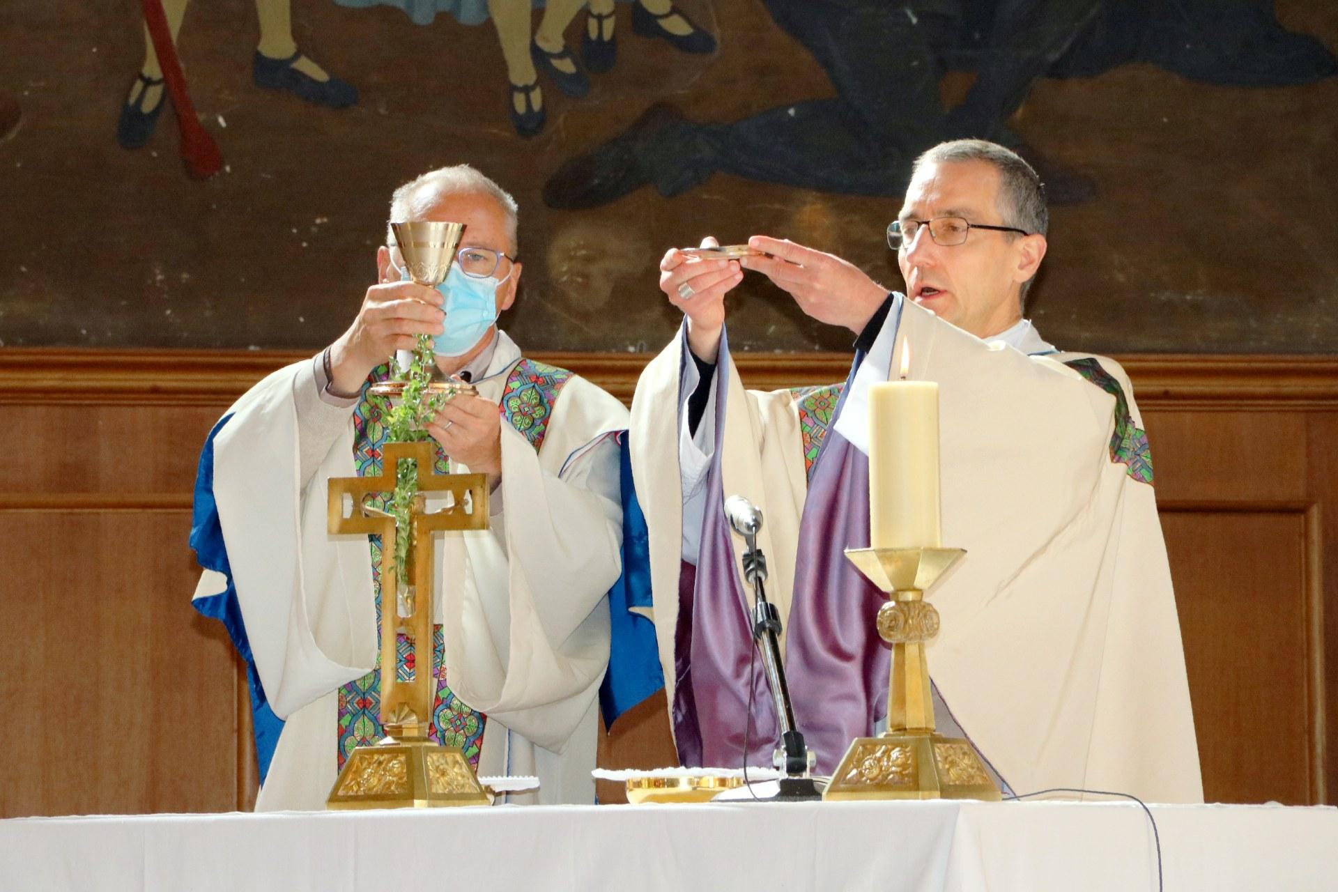 2010 - Messe présidée par Mgr DOLLMANN 52