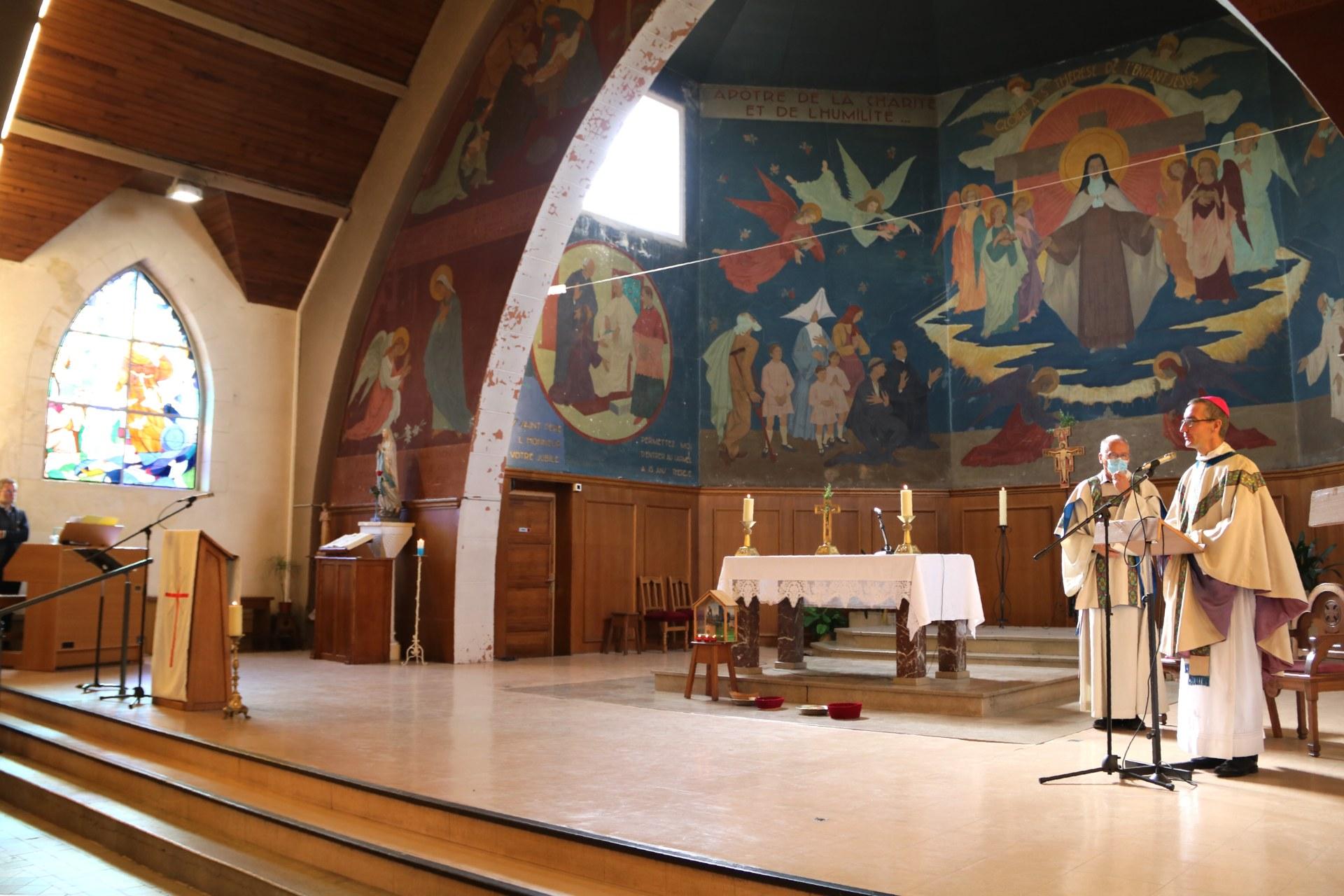2010 - Messe présidée par Mgr DOLLMANN 63