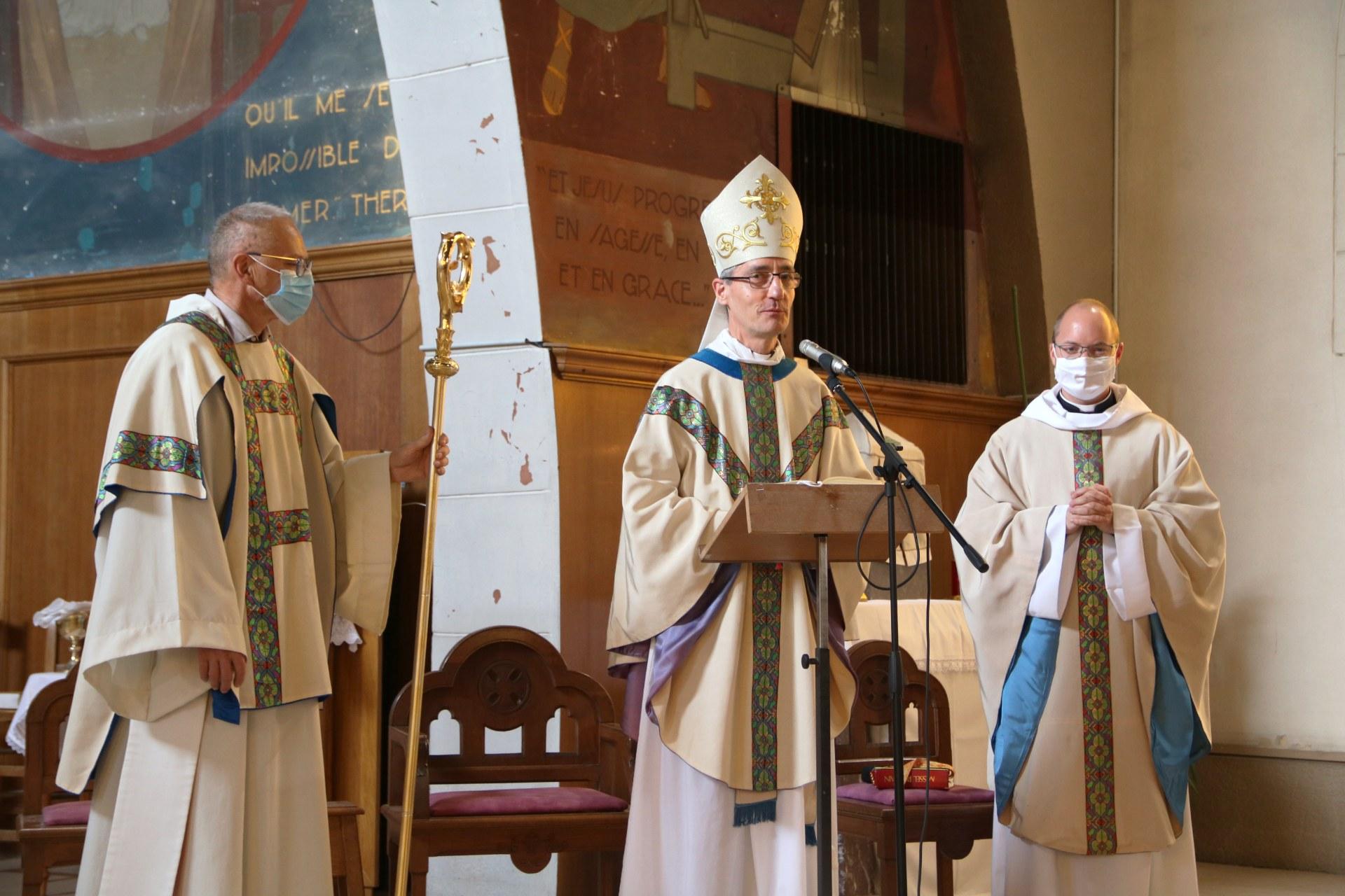 2010 - Messe présidée par Mgr DOLLMANN 66
