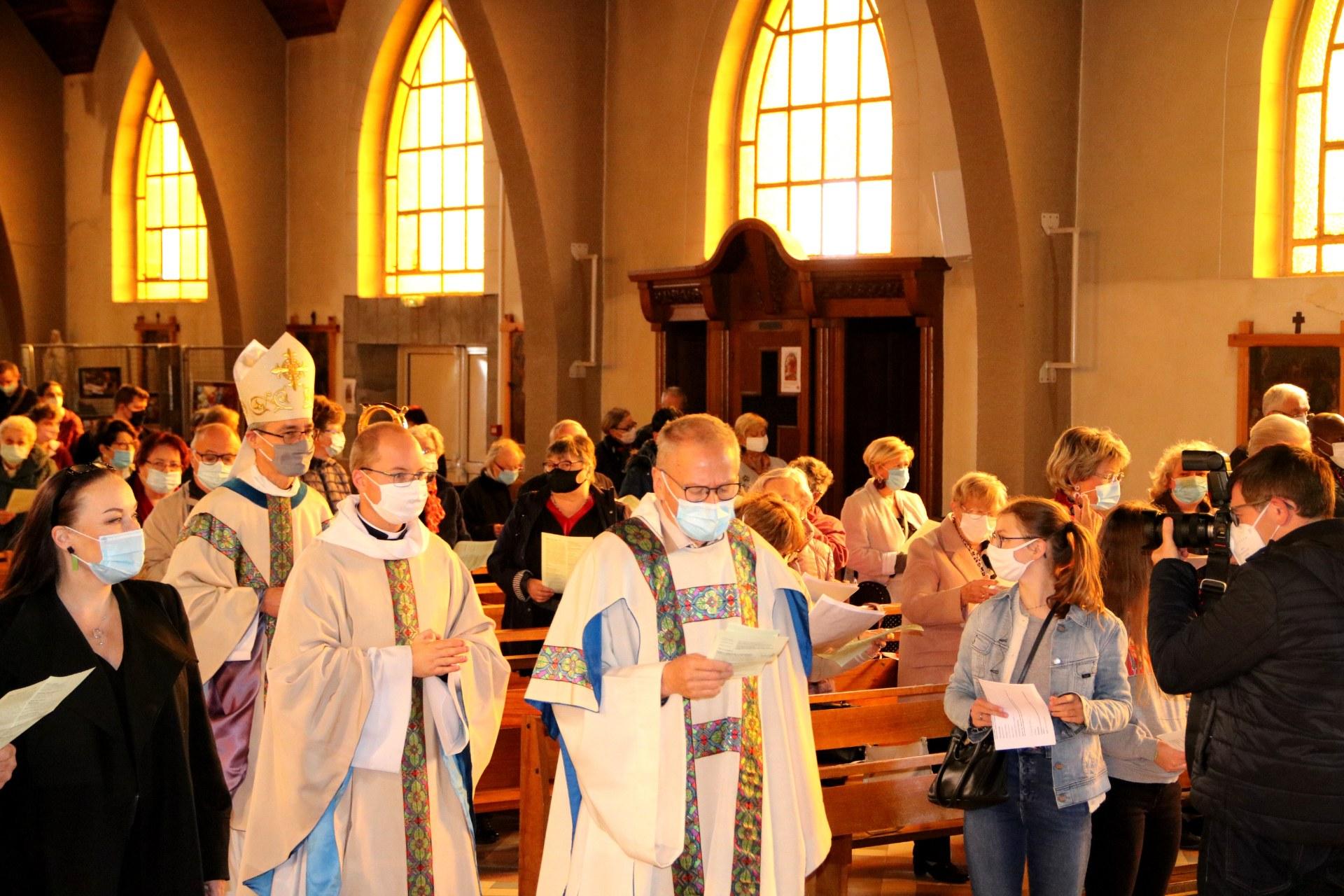2010 - Messe présidée par Mgr DOLLMANN 7