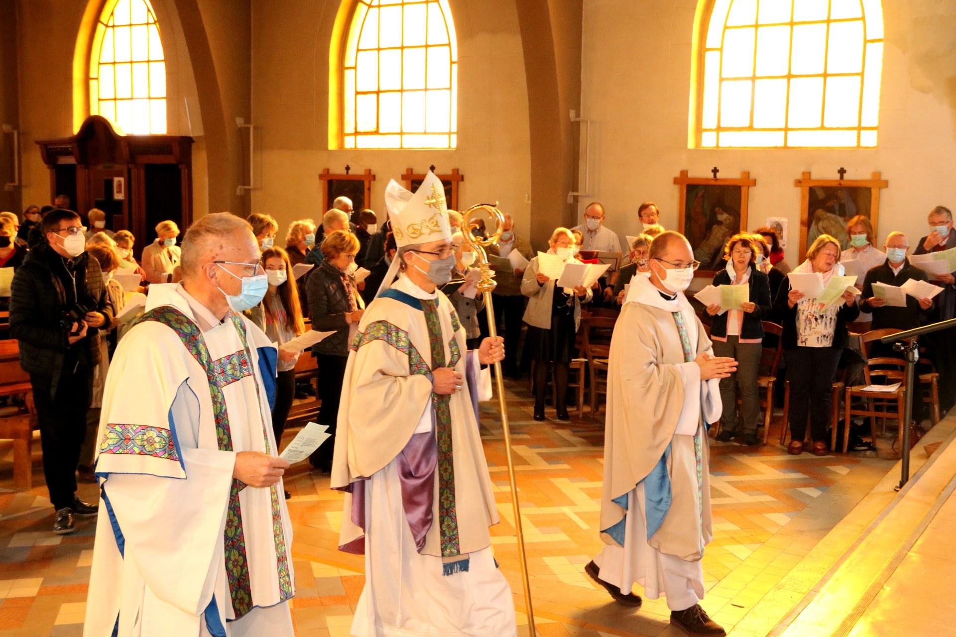 2010 - Messe présidée par Mgr DOLLMANN 8