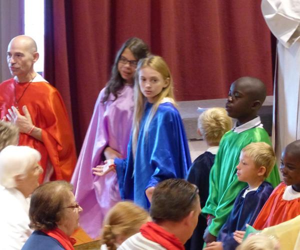 2014-08-22Lourdes_messe_St_Pierre 39
