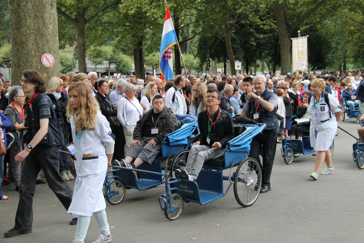 2014_procession_eucharistique 18