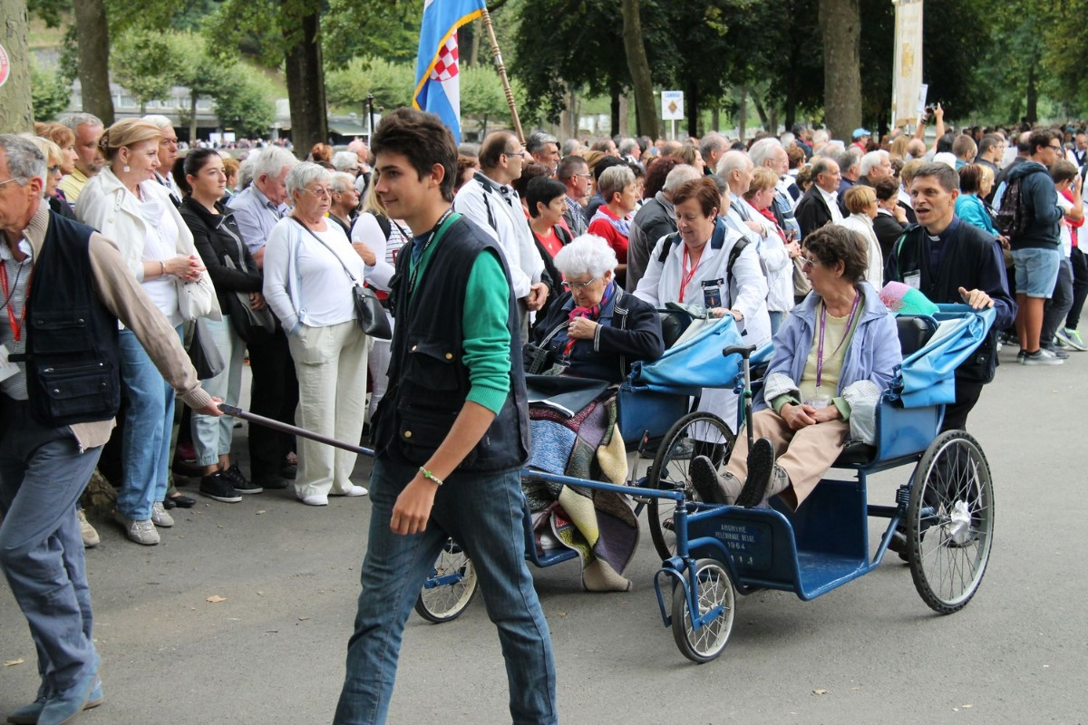 2014_procession_eucharistique 22