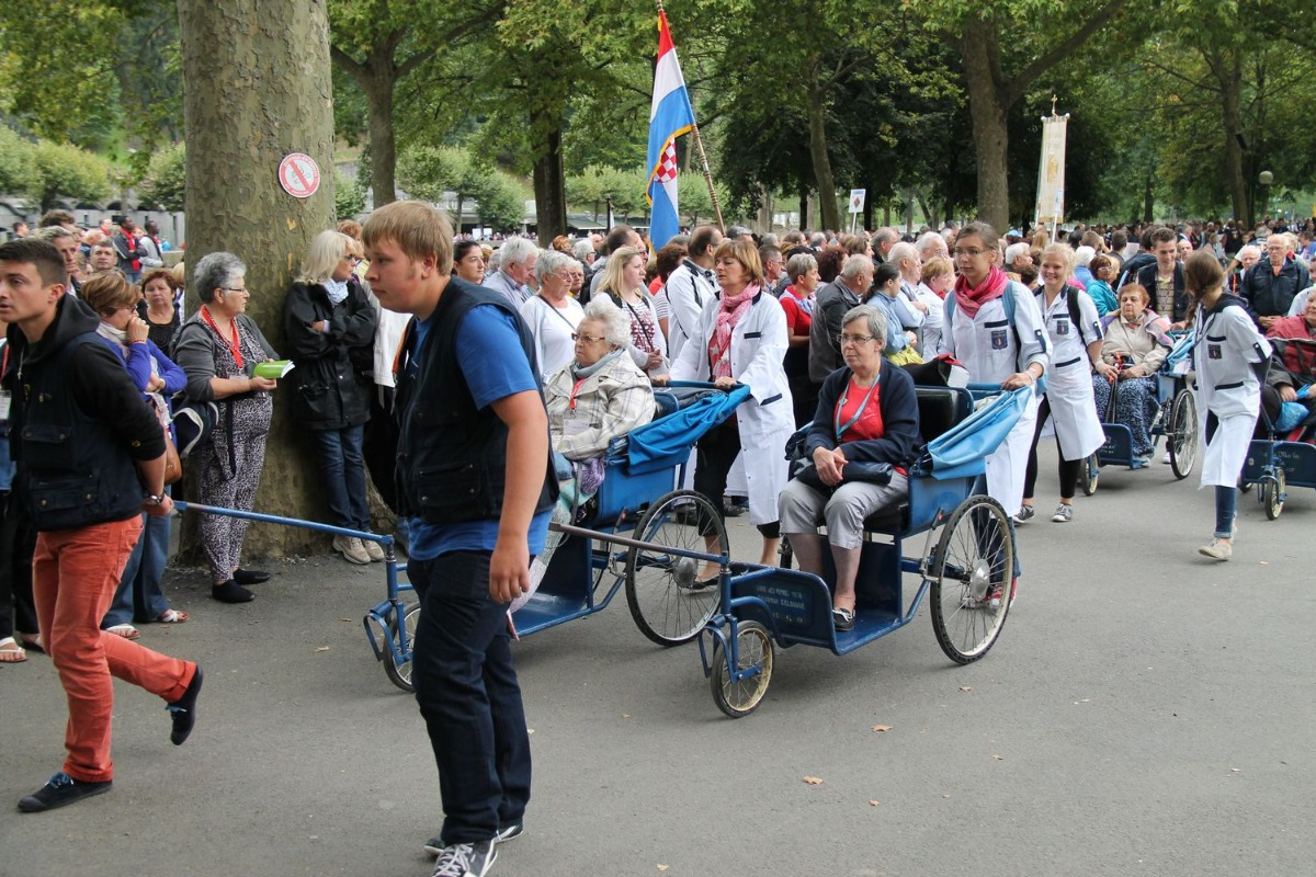2014_procession_eucharistique 23
