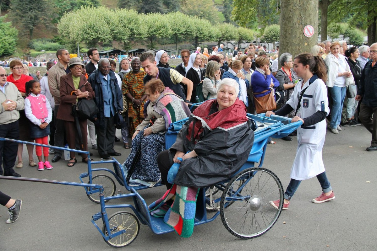 2014_procession_eucharistique 24