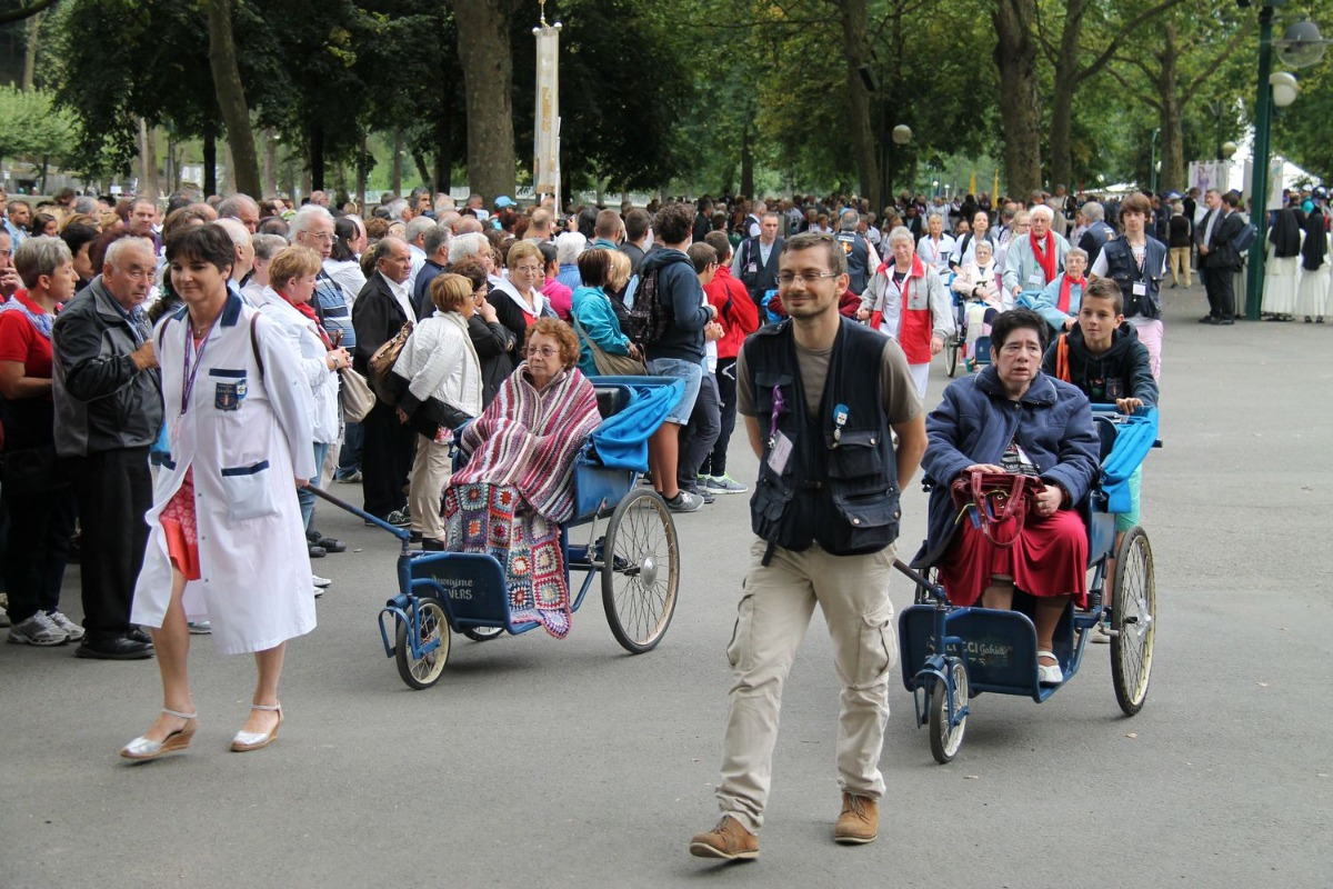 2014_procession_eucharistique 31