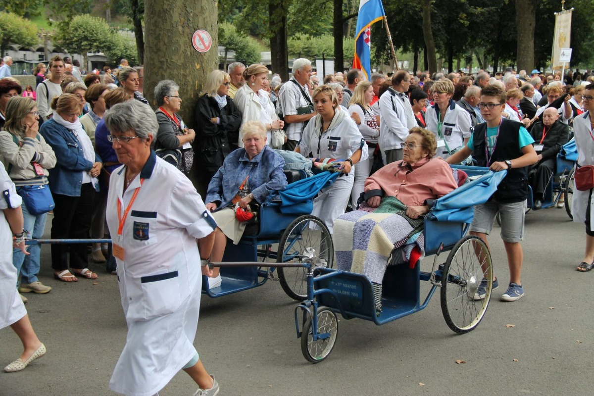 2014_procession_eucharistique 40