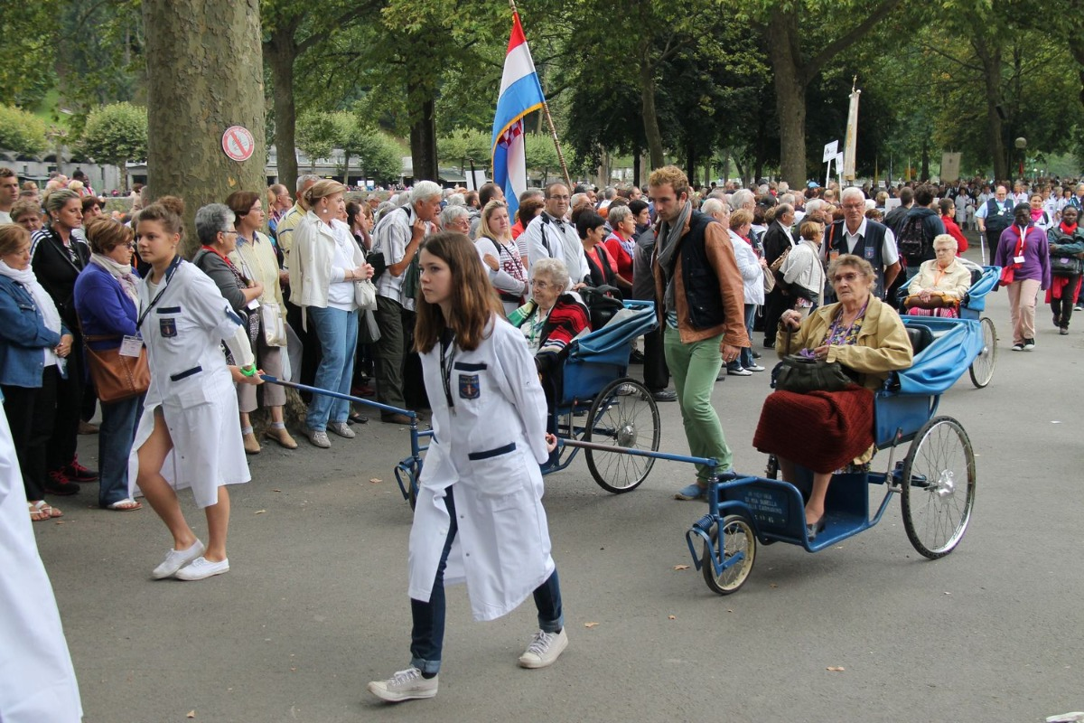 2014_procession_eucharistique 56