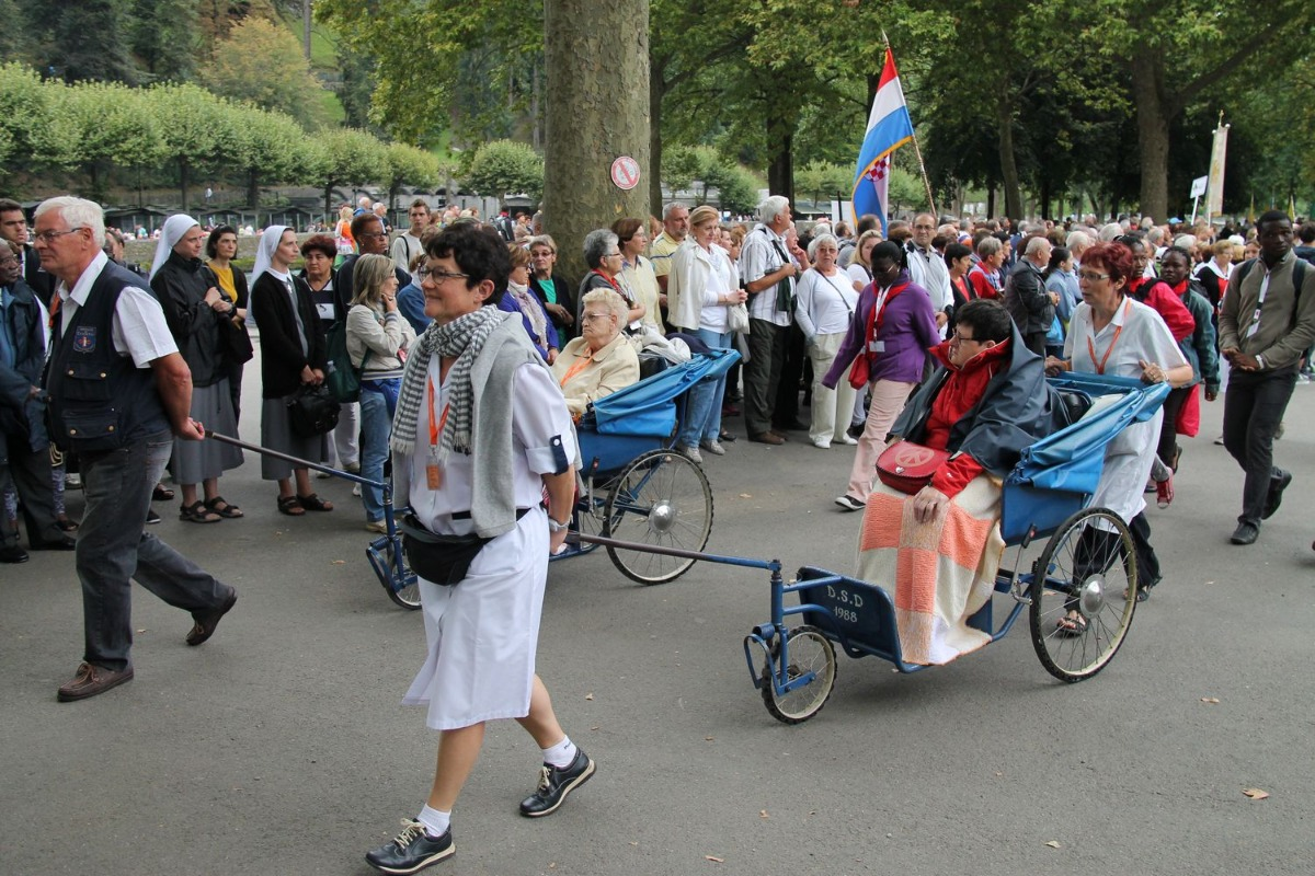 2014_procession_eucharistique 57