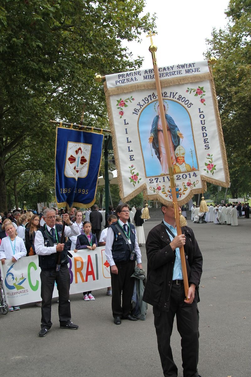 2014_procession_eucharistique 3