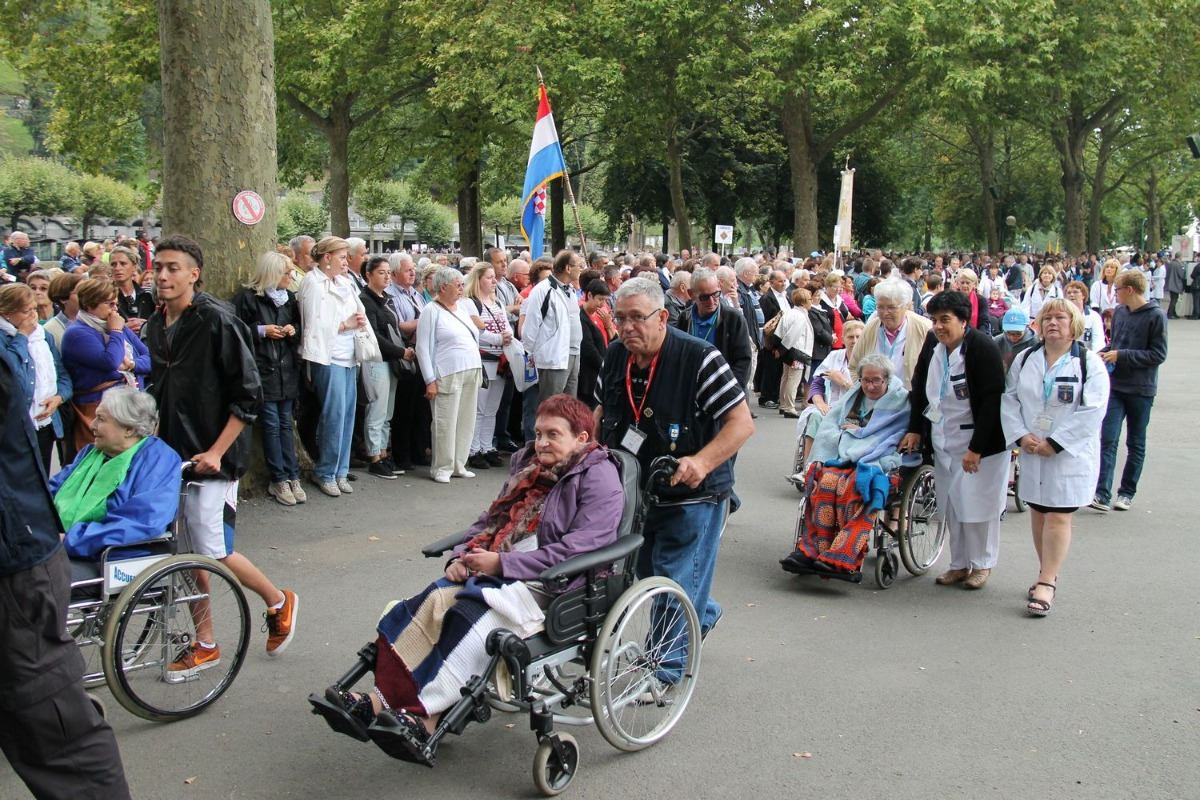 2014_procession_eucharistique 6