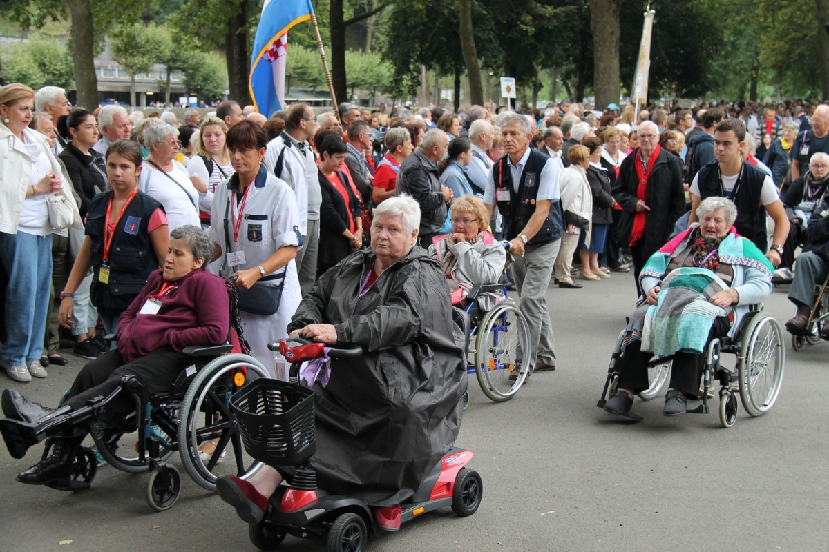 2014_procession_eucharistique 8