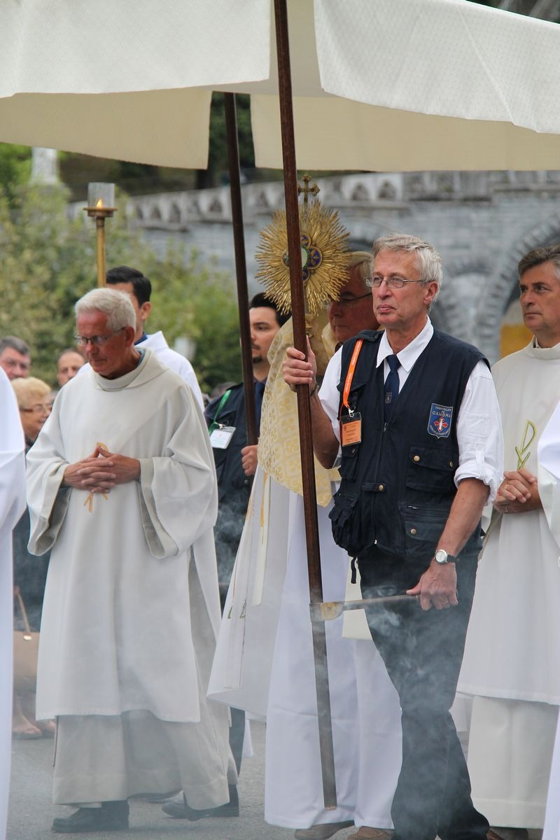 2014_procession_eucharistique 74