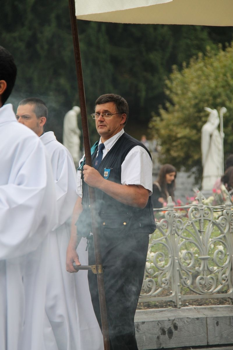 2014_procession_eucharistique 75