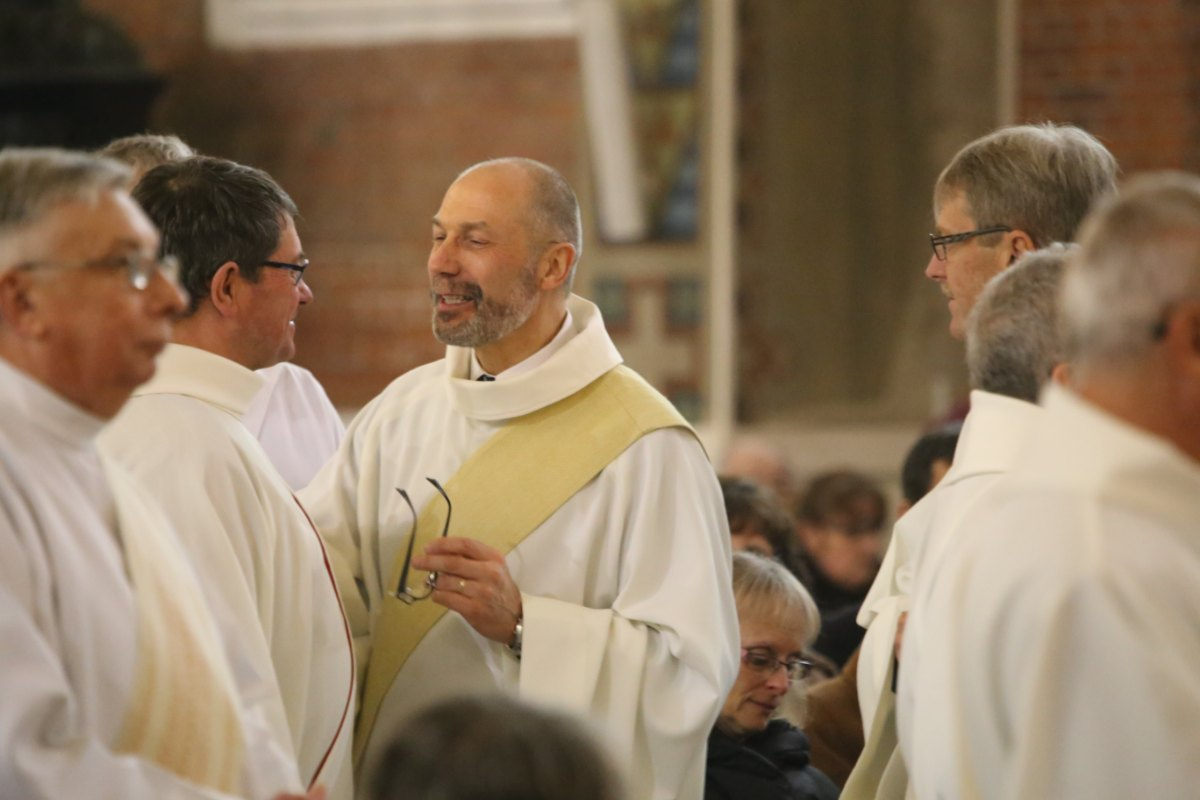 2015 11 22 Ordination Diacres (299)