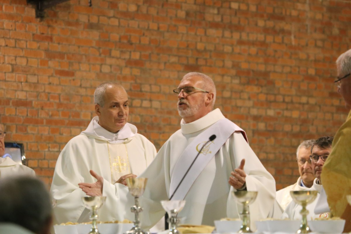 2015 11 22 Ordination Diacres (381)