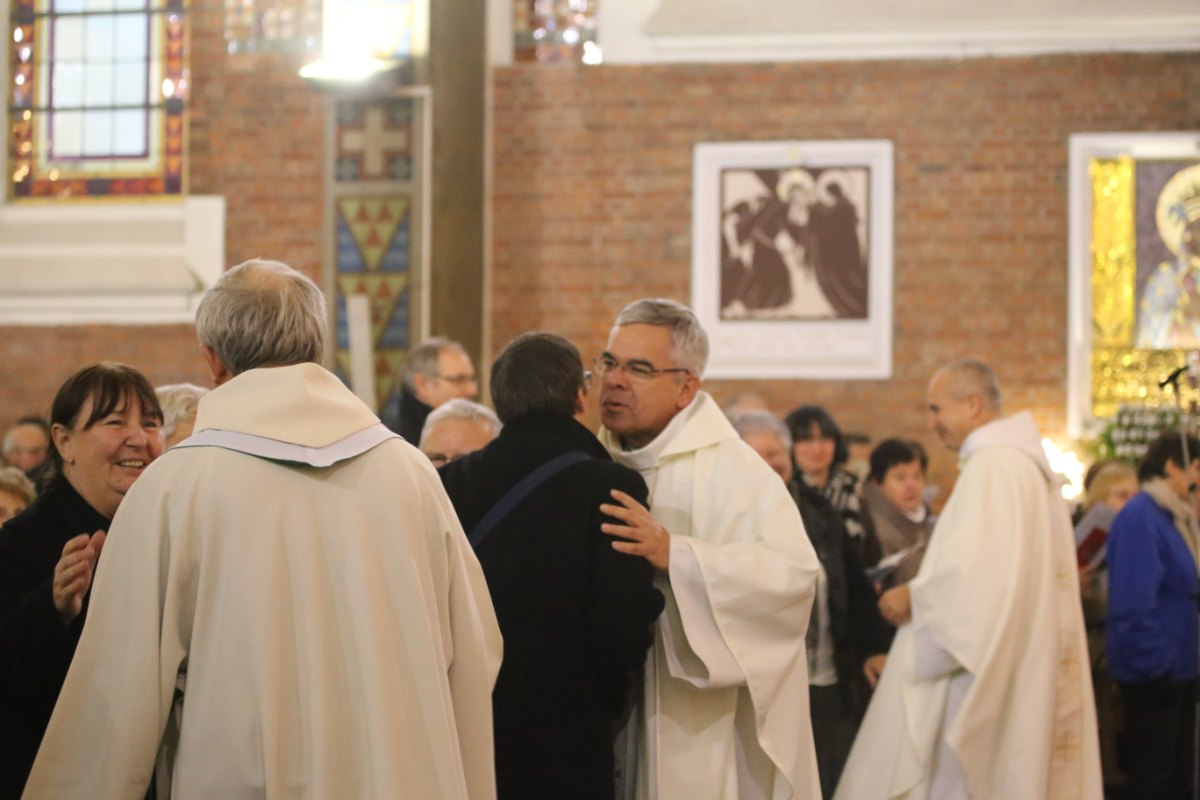 2015 11 22 Ordination Diacres (389)