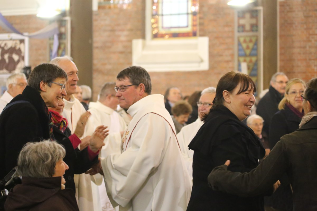 2015 11 22 Ordination Diacres (395)