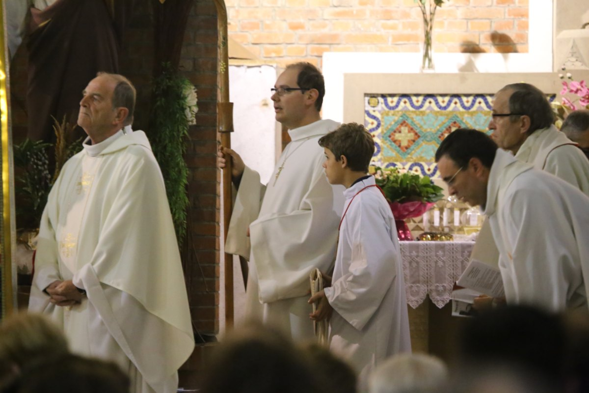 2015 11 22 Ordination Diacres (447)
