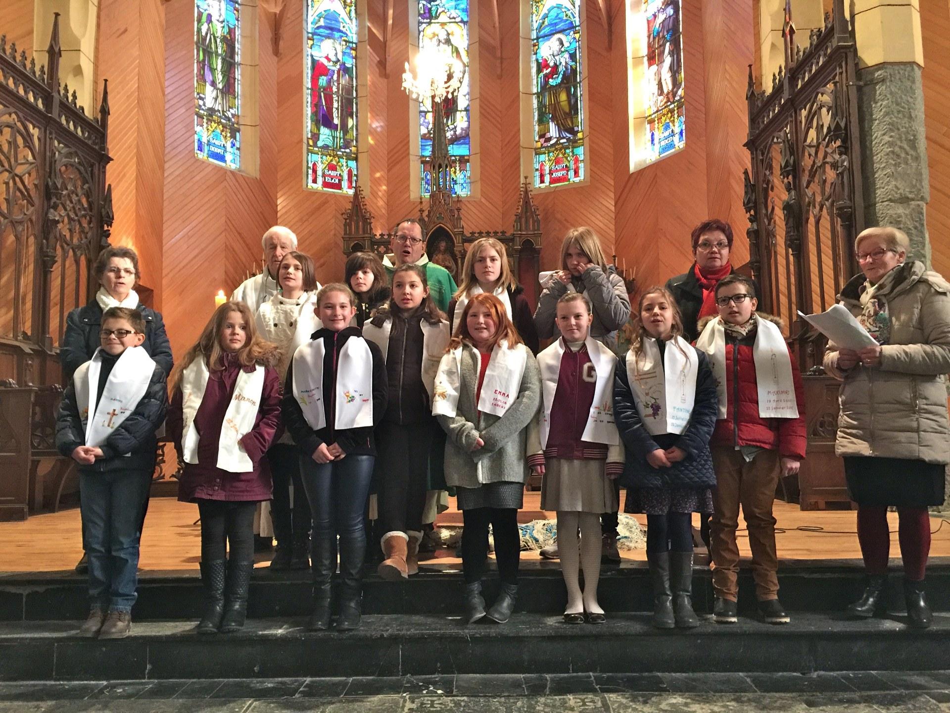 2017-01-22 - Premie#res communions a# Vieux-Reng -