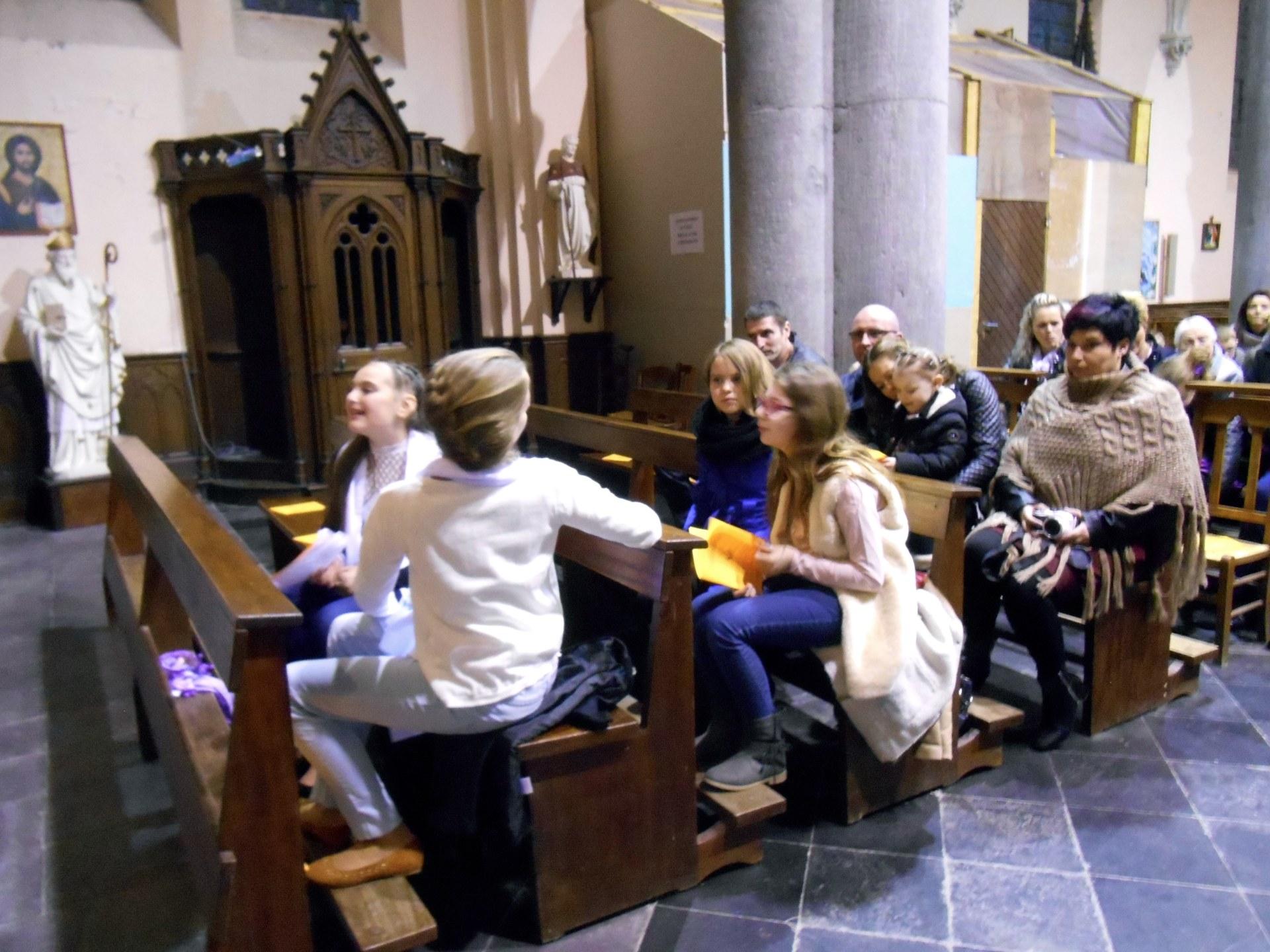 2017-02-04 - Premie#res communions a# Rousies - 01