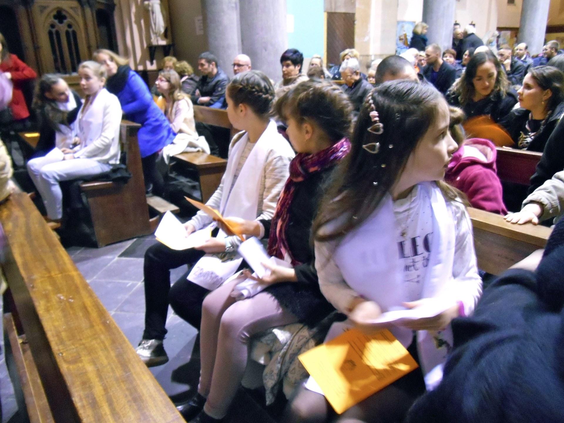 2017-02-04 - Premie#res communions a# Rousies - 05