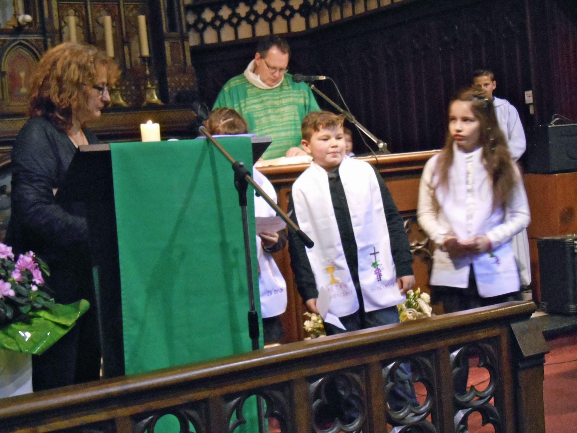 2017-02-04 - Premie#res communions a# Rousies - 17