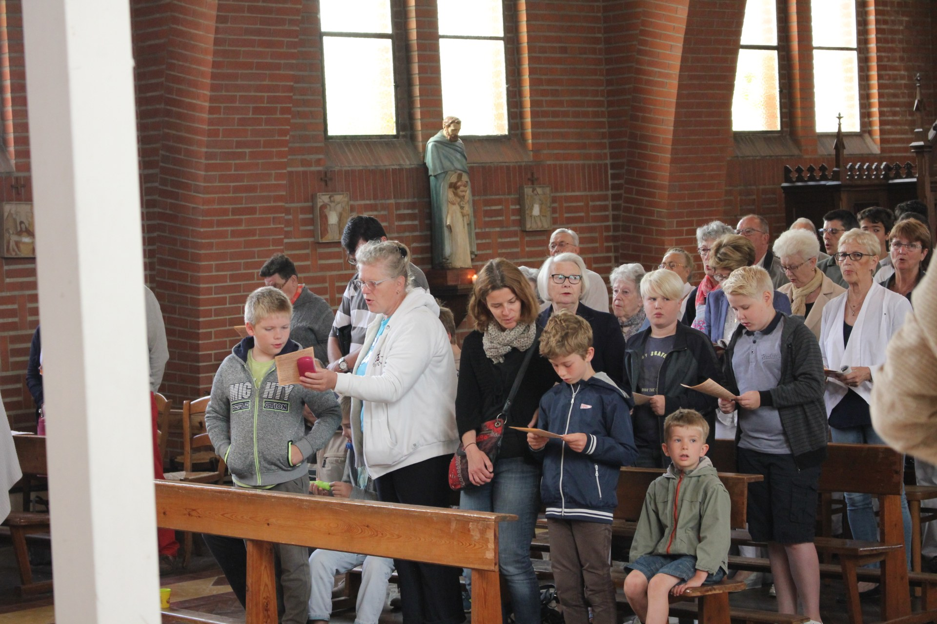 2018-06-17  Messe des familles (5)