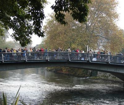 16 - Les delegations a Lourdes