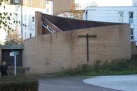 La chapelle, par le haut de l'avenue Ch De Gaule et Avenue de l'Europe