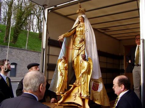 Arrivee Notre Dame Maubeuge 015