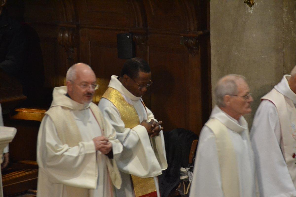 25 ans évêque 2
