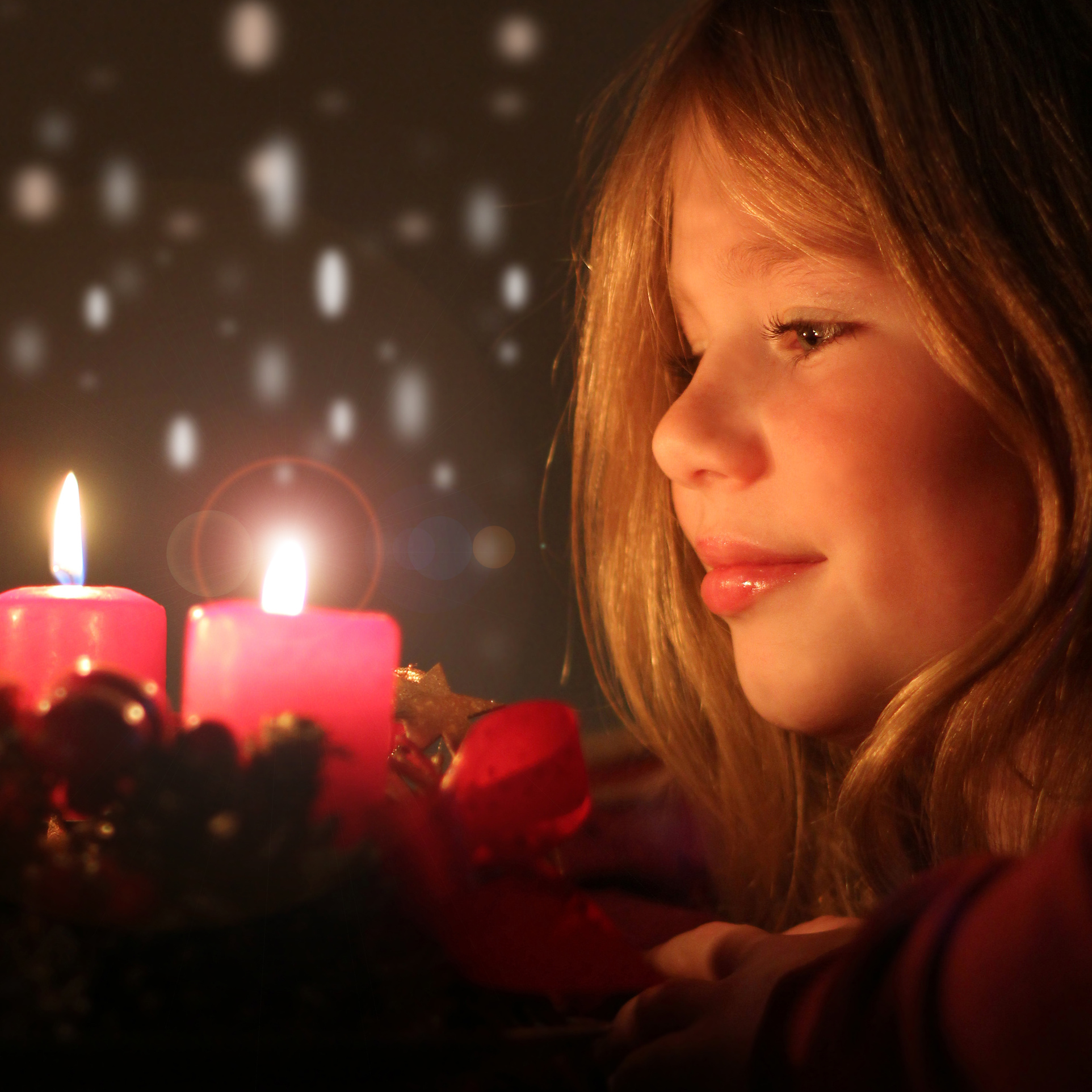 Noël enfant joie lumière