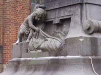 détail monument aux morts
