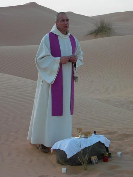 Notre invité: le Père Emmanuel CANART