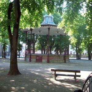 Condé Kiosque Place Verte