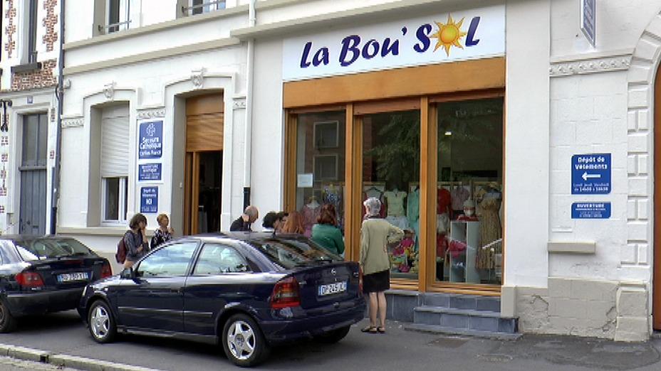 Visite ensuite la boutique solidaire
