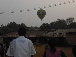 Ballon montgolfière pour la Fête de l'Indépendance