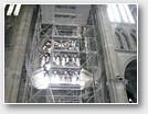 Echaffaudage dans le transept nord. 23 m de haut.