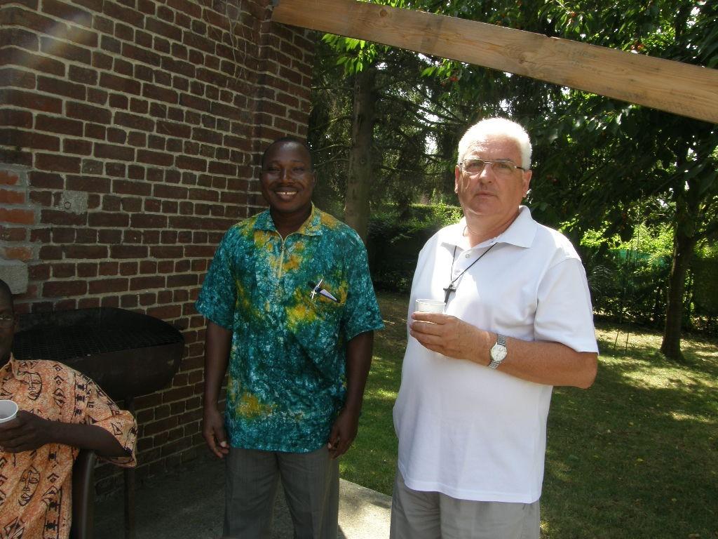 Abbé Simon KONKOBO du Burkina Faso et l'Abbé Hervé Le Minez