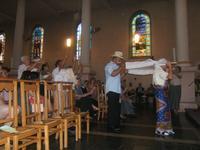 Procession du Livre de la Parole en chant et danse malgache