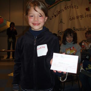 Lucie et sa carte d'electeur