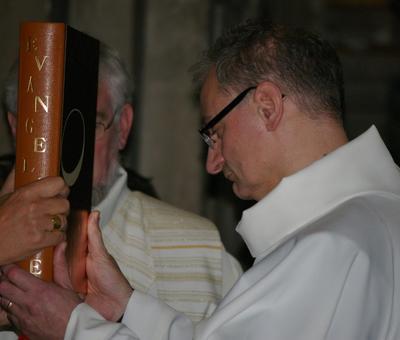 Remise de l'Evangéliaire
